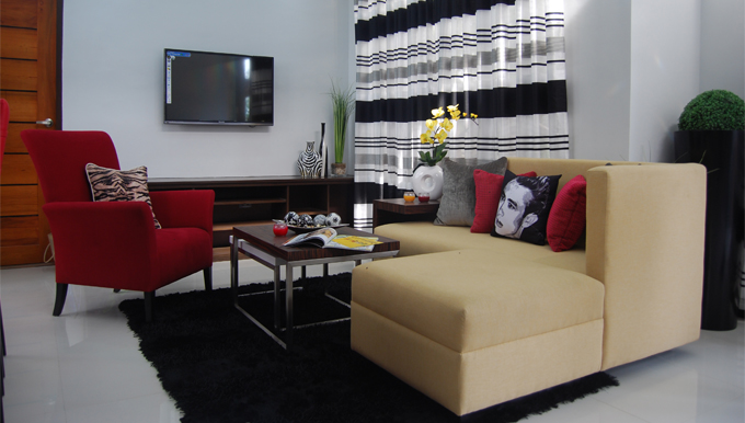 Simbulan Group Furniture Living Room Spaces